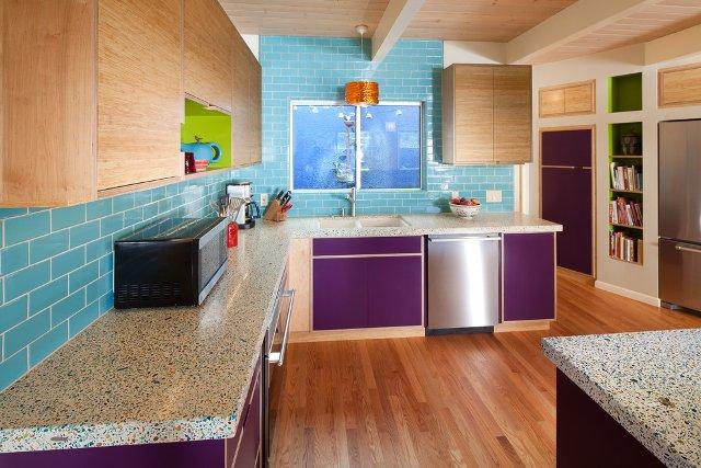 Баклажановые кухни в интерьере фото
